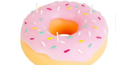"""<strong>Sunnylife donut candle</strong>, $29.95, <a href=""""https://www.sunnylife.com.au/collections/candles/products/donut-candle"""" target=""""_top"""">sunnylife.com.au</a>"""