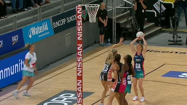 Tense draw plus wins for Giants, Vixens marks Super start