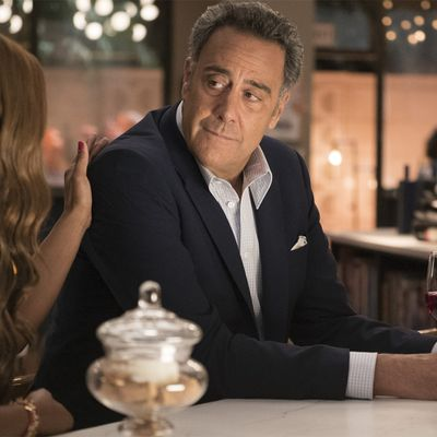 Brad Garrett in Single Parents