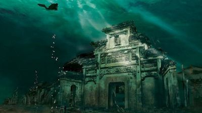 The mystery behind China's lost underwater city