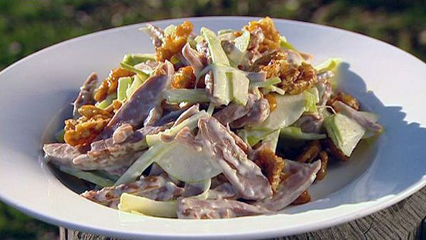Smoked duck and pear salad with caramelised walnuts