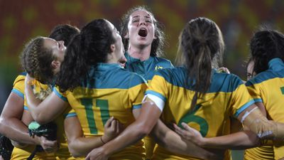 <strong>AUSTRALIAN WOMEN'S RUGBY SEVENS WIN</strong>