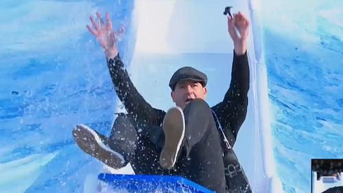 Fremantle's Ross Lyon threw his hands up in the air for his Big Freeze moment. (9NEWS)