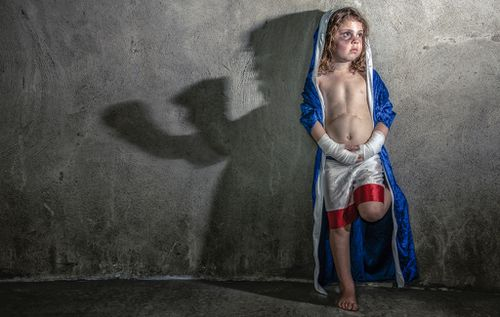 Young Aussie liver recipient pays homage to organ donors in powerful photoshoot