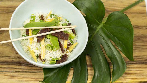 Chinese pork rice bowl