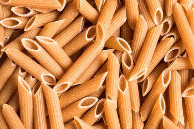 Wholemeal pasta: 7.9g fibre per cup