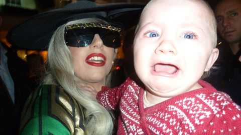 Lady Gaga makes a baby cry