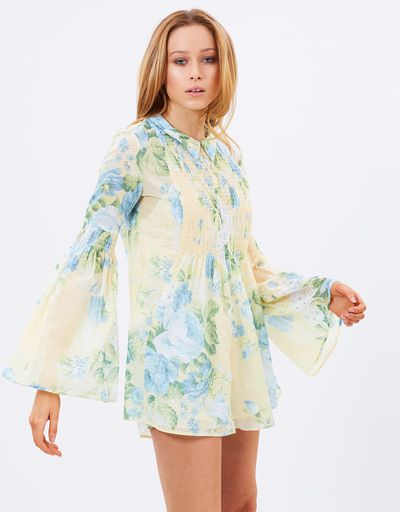 """<p>Season updates</p> <p>1.<a href=""""http://www.theiconic.com.au/pretty-hurts-playsuit-392817.html"""" target=""""_blank"""">Alice McCall</a> Pretty Hurts playsuit $340 at The Iconic</p> <p>Get into Beyonce's favourite Australian label. This floral print is the perfect way to farewell spring and embrace summer.</p> <p></p>"""