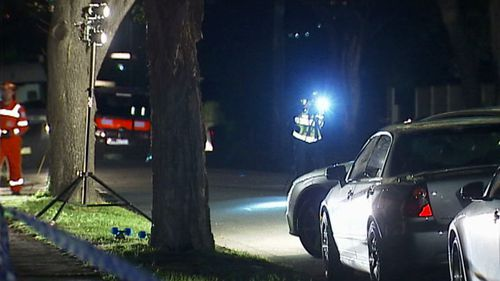 Police begin investigations after a man's body was found on a street in Melbourne's south-east. (9NEWS)