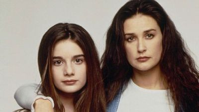 Gabby Hoffmann and Demi Moore as Samantha Albertson in Now and Then