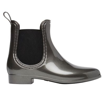 "<a href=""http://www.seedheritage.com/p/frankie-jelly-boot/4098077-5023-41-se.html#start=1"" target=""_blank"">Seed Frankie Jelly Boot, $59.95.</a><br>"