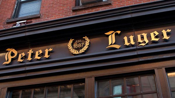 Peter Luger New York Brooklyn steakhouse 3