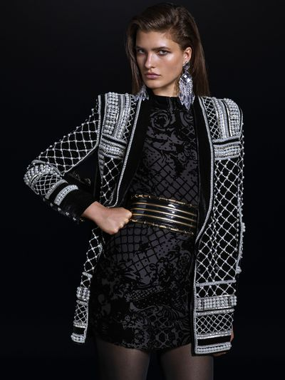 "Ever since <a href=""http://honey.ninemsn.com.au/2015/05/18/10/00/hm-to-collaborate-with-balmain"" target=""_blank"">Olivier Rousteing let on</a> back in May that a Balmain x H&amp;M collaboration was definitely a thing, we've been getting hints of what it will look like through red carpet appearances, Instagram posts, and a very <a href=""http://honey.ninemsn.com.au/2015/09/28/10/52/balmain-x-hm-collaboration-is-public-transport-ready"" target=""_blank"">public transport-friendly campaign</a>. Now, the full lookbook is here, with all the pieces you'll be able to shop in H&amp;M stores come November 5, priced from just $19.95 (up to $599). Keep your nose peeled for a limited edition Balmain x H&amp;M fragrance, which will launch a full month later on December 5. See you in line..."