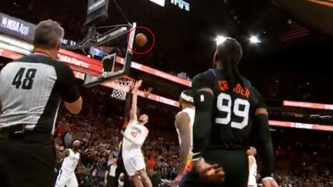 'The perfect play': Insane alley-oop dunk with 0.9 seconds left gives Phoenix commanding 2-0 lead