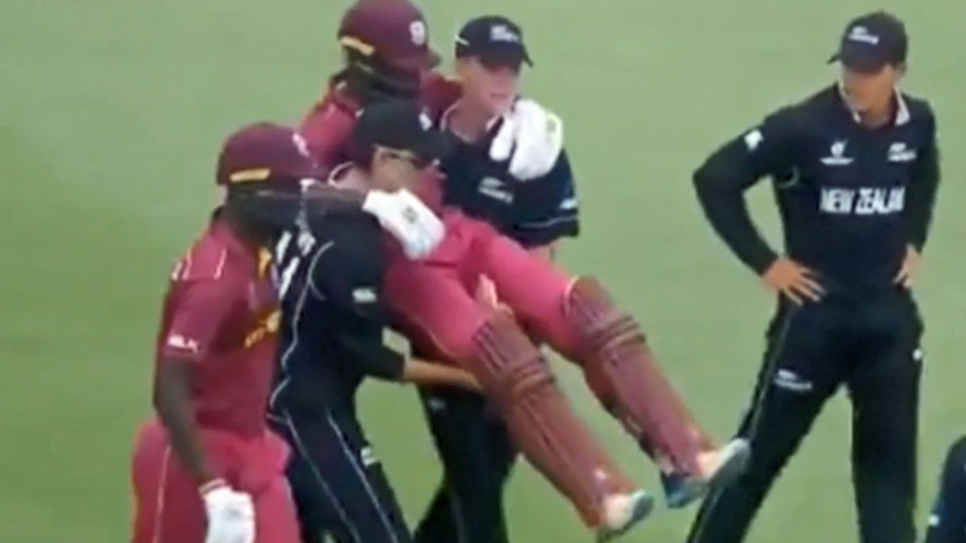 New Zealand duo praised for aiding stricken batsman at U-19 Cricket World Cup