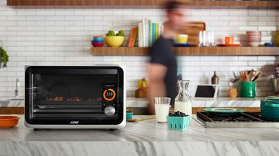 Smart oven recognises food and cooks its perfectly