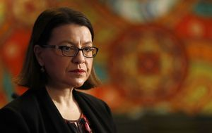 Jenny Mikakos turns on Daniel Andrews in bombshell hotel quarantine submission