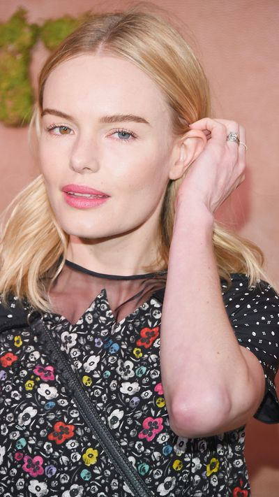 <p><strong>Kate Bosworth </strong></p><p>Kate Bos pairs pink lips with blooms and manages to wear a crossbody bag without looking awkward – no small feat.&nbsp;</p>