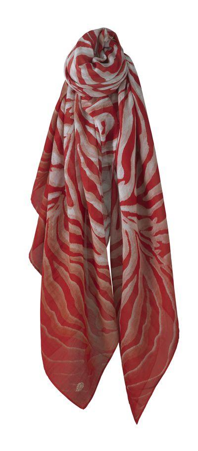 "<a href=""http://www.helenkaminski.com.au/women/scarves"" target=""_blank"">Helen Kaminski Felisa Crimson Scarf, $220.</a>"