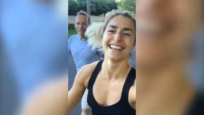 Ex-PM Tony Abbott discusses wedding plans with newly engaged daughter