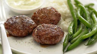 "<a href=""http://kitchen.nine.com.au/2016/05/13/13/27/tandoori-lamb-patties-with-yogurt-sauce"" target=""_top"">Tandoori lamb patties with yogurt sauce</a> recipe"