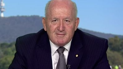 Sir Peter Cosgrove leads charge to help bushfire-hit businesses