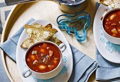 Wednesday: Tomato, bean & bacon soup