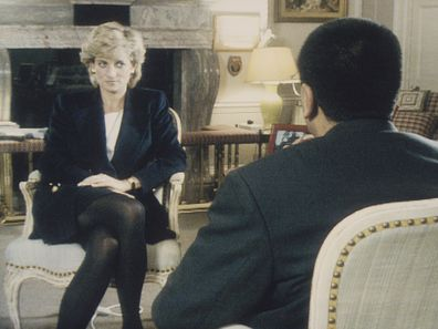 Martin Bashir interviews Princess Diana in Kensington Palace for the television program Panorama.