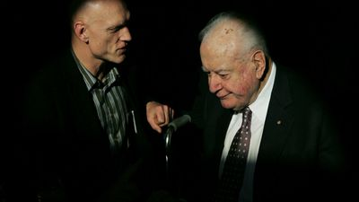 Former Labor MP Peter Garrett with Whitlam in 2006. (AAP)