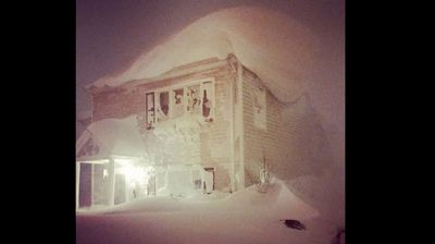 """<p>An """"historic"""" storm has killed at least eight people and covered more than 50 percent of the US in snow. </p><p>All 50 states, including Hawaii, have recorded temperatures below freezing.</p><p>  The storm, named """"Winter Storm Knife"""" has buried parts of the northeast US in more than 1.5m of snow with more expected today.</p><p>    An entire year's worth of snow fell on areas near Buffalo in New York State and Erie County executive Mark Poloncarz said the National Guard had to be called in to rescue trapped and stranded motorists. </p><p>     """"This is something that we're not going to be able to solve on our own.  """"Many communities are still in a very difficult, in some ways paralysed situation,"""" Mr Poloncarz said. </p><p>    The Artic storm front will continue to blast the US with ice and snow until the weekend, keeping temperatures well below average.  (corey12xy4419 - Instagram)</p>"""