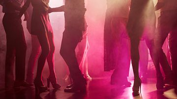 Dancefloors return among 'major easing of restrictions' in NSW