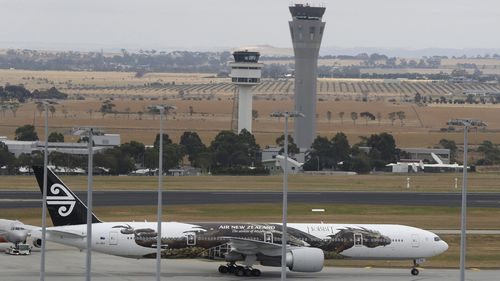 Safety fears over announcement South Australian flights will be monitored from Victoria