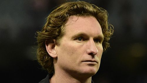 Former coach James Hird sues Bombers' insurance company