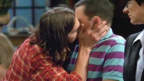 Ashton Kutcher kisses Jon Cryer on Two and a Half Men