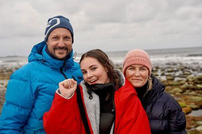 Norway's Princess Ingrid Alexandra has won a surfing competition, with her parents Crown Prince Haakon and Crown Princess Mette-Marit there to cheer her on.