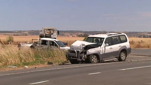 Man dead after two-car collision in rural South Australia
