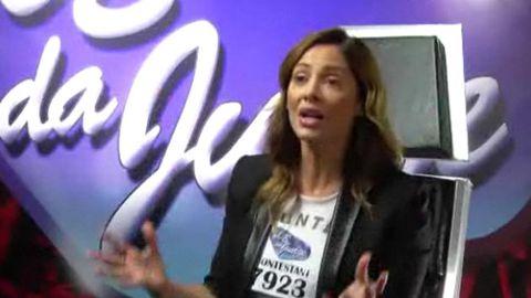 <i>Voice</i> parody: Natalie Imbruglia auditions to be a reality show judge