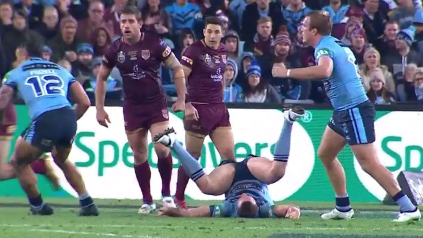 State of Origin 2018: Sportsmanship shines through as Allan Langer tends to floored Boyd Cordner