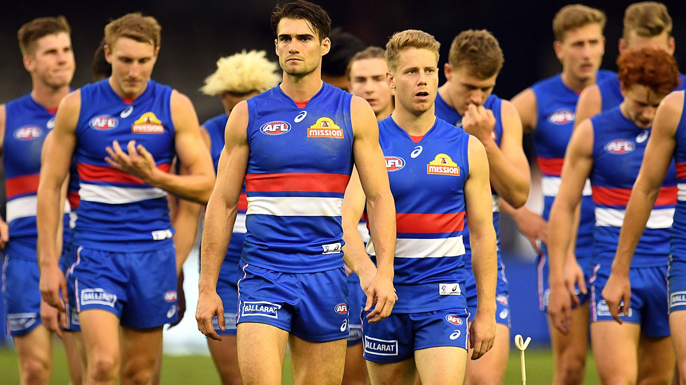Western Bulldogs division leading to teammates not kicking it to each other during AFL games: Brendan Fevola
