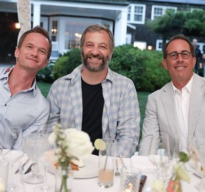 How I met your mother star Neil Patrick Harris, actor Jude Apatow and Jerry Seinfeld at the Net-a-porter x GOOD + Foundation summer 2018 dinner at the Seinfeld's estate.<br> <div> </div>