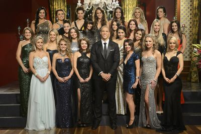 Keep on scrolling to find out more about the other bachelorettes from the top 24! Got a fave?