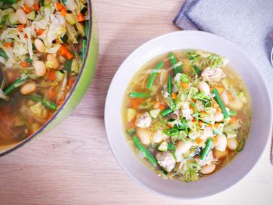 Two sausage scrap soup to save your budget