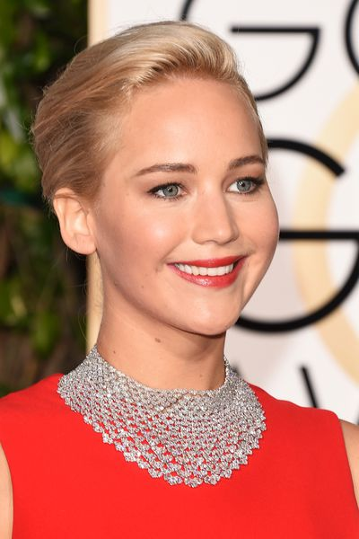 <p>With Jennifer Lawrence in Chopard, Helen Mirren in Harry Winston and Jennifer Lopez wearing a total of 200 carats of diamonds, there was plenty of opulent jewellery on the Golden Globes red carpet.</p><p>Click through to see the bling that brought the awards sparkle.</p>