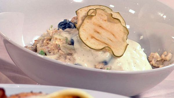 Breakfast bircher museli