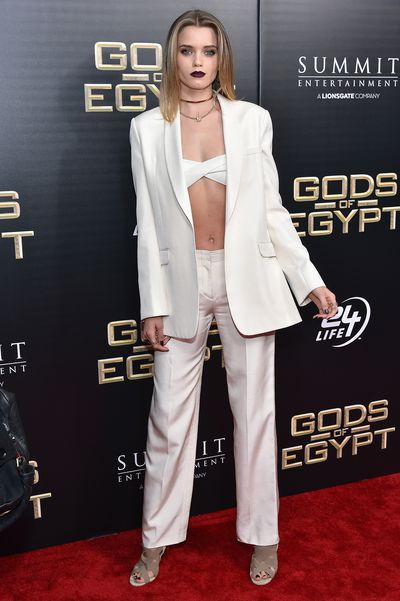 Abbey Lee Kershaw attends the 'Gods Of Egypt' New York Premiere at AMC Loews Lincoln Square 13 in New York City, 2016