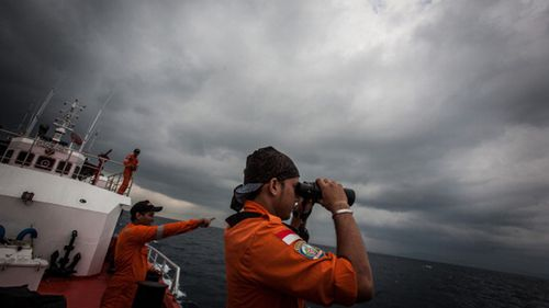 Underwater locator beacon battery expired more than a year before MH370 disappeared: report