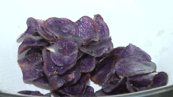US researchers create 'blueberry chips'