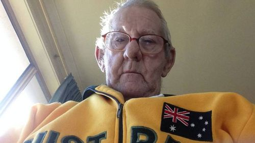 Lonely Aussie pensioner finds fishing mate online