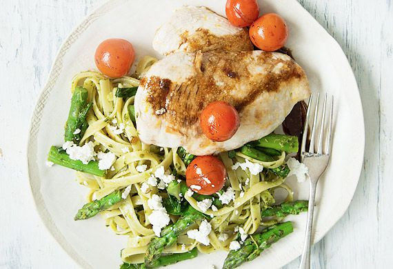Nadia Lim's chicken with balsamic tomatoes, salsa verde and fettuccine