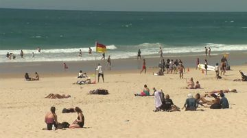 The Gold Coast is sweltering through a spring heatwave. (9NEWS)